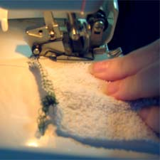 Sewing edge of cloth baby wipes